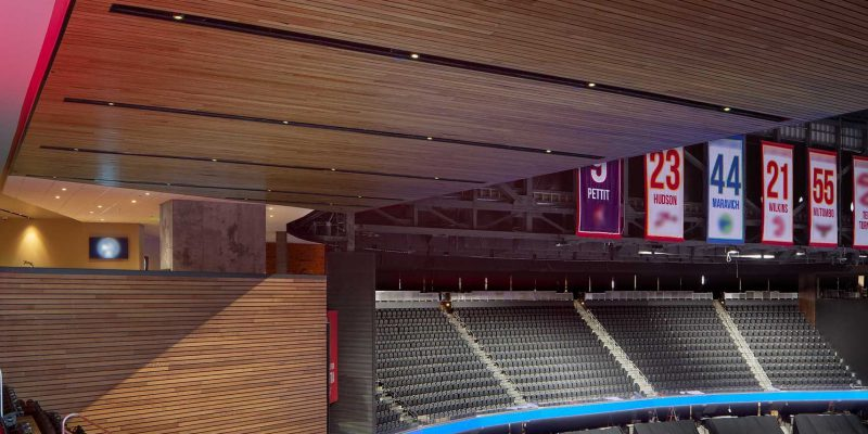 9Wood's 2300 Continuous Linear in White Oak Veneer with stain at State Farm Arena in Atlanta, Georgia. HOK. The unique aspect of the project was its finite schedule with the beginning of a sports season. The subcontractor, Anning-Johnson, worked from mid-August through the first week of October — installing about 9,900 sq. ft. of wood walls and 10,000 sq. ft of wood ceilings in less than two months.