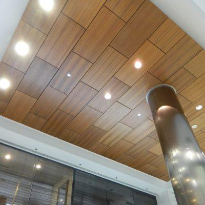 9Wood 4300 Lift & Lock Tile at Columbia Centre, Rosemont, Illinois. von Weise Associates.